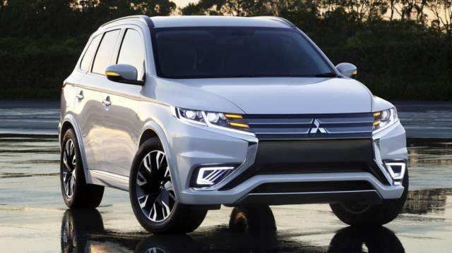NEW 2018 MITSUBISHI OUTLANDER IS A SUV-CROSSOVER WORTH WAITING FOR IN 2018, NEW 2018 SUV-CROSSOVER RELEASE