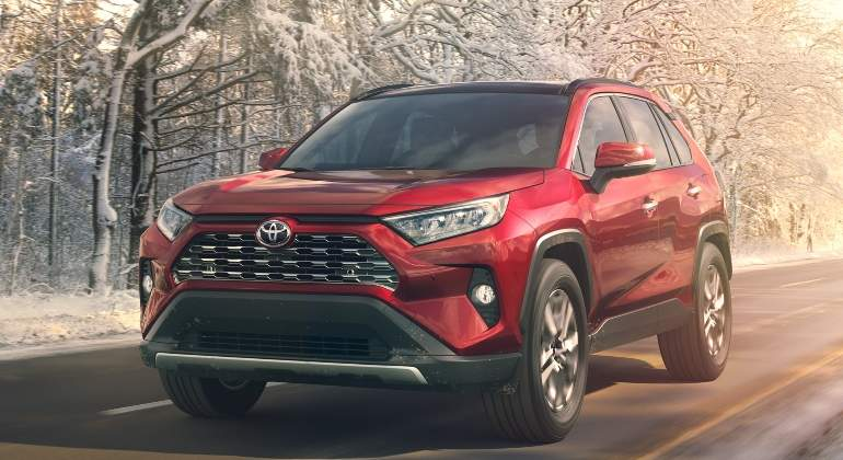 Toyota RAV4 2019: more attractive, with more space and with diesel engine