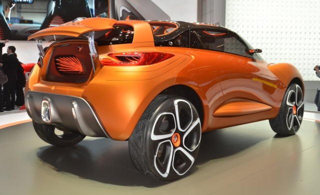 Suvsandcrossovers.com ''2017 Renault Captur'' 2017 SUV and 2017 Crossover Buying Guide includes photos, prices, reviews, New or Redesigned Luxury SUV and Crossover Models for 2017, 2017 suv and crossover reviews, 2017 suv crossover comparison, best 2017 suvs, best 2017 Crossovers, best luxury suvs and crossovers 2017, top rated 2017 suvs and crossovers , small 2017 suvs and 2017 crossovers, 7 passenger suvs and Crossovers, Compact 2017 SUV And Crossovers, 2017 SUV and 2017 Crossover Small SUVs & Crossovers: Reviews & News The Hottest New Trucks And SUVs For 2017 View the top-ranked Affordable Crossover SUVs 2017 suv and crossover hybrids 2017suv crossover vehicles 2017 Suvsandcrossovers.com
