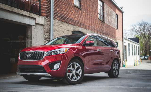 Suvsandcrossovers.com 2017 SUV And Crossover Buying Guide: ''2017 Kia Sorento '' Reviews, Price, Features
