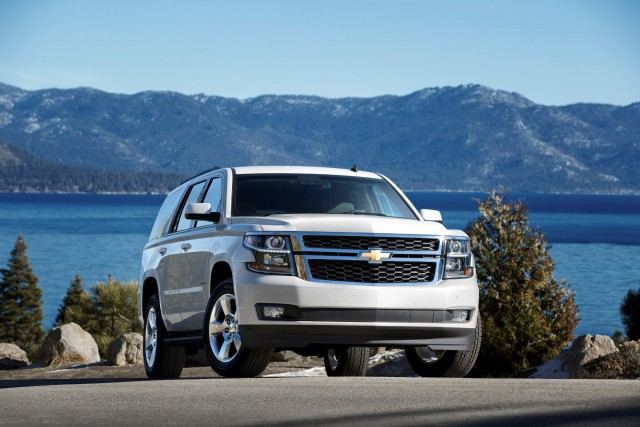 Suvsandcrossovers.com All New 2016 Chevrolet Tahoe Features, Changes, Price, Reviews, Engine, MPG, Interior, Exterior, Photos