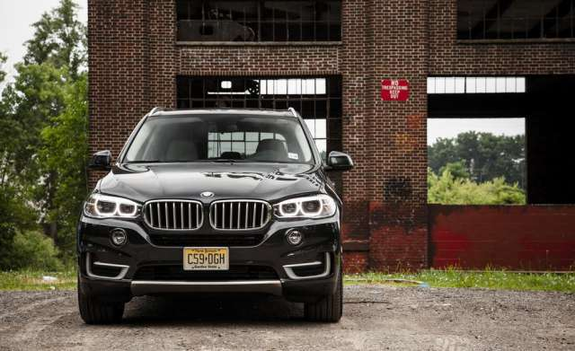 Suvsandcrossovers.com 2017 SUV And Crossover Buying Guide: ''2017 BMW X5'' Reviews, Price, Features