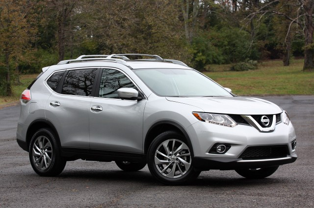 Suvsandcrossovers.com All New 2016 Nissan Rogue Features, Changes, Price, Reviews, Engine, MPG, Interior, Exterior, Photos
