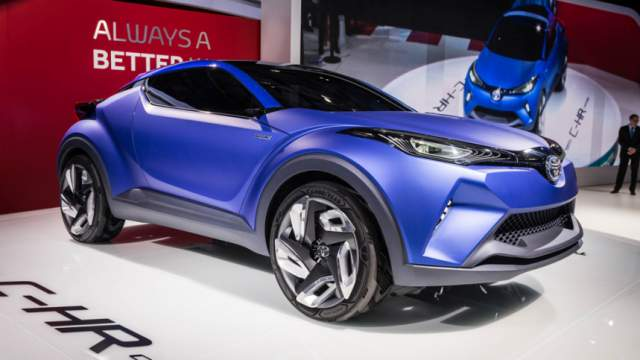 NEW 2018 TOYOTA C-HR IS A SUV-CROSSOVER WORTH WAITING FOR IN 2018, NEW 2018 SUV-CROSSOVER RELEASE DATE
